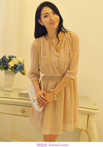 温柔的女性服装