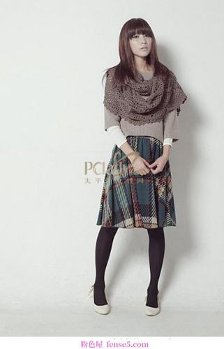 成熟的秋冬连衣裙