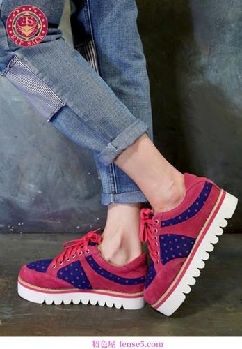 快乐平底鞋时尚早报