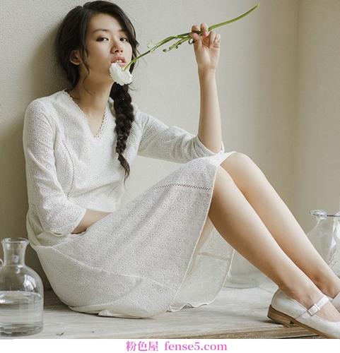 穿合适的小白裙,形状加十分