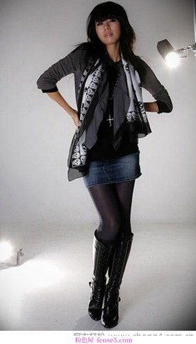 围巾与秋装的搭配技巧