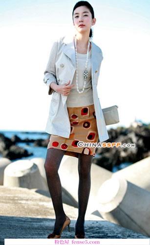 今年流行的风衣款式