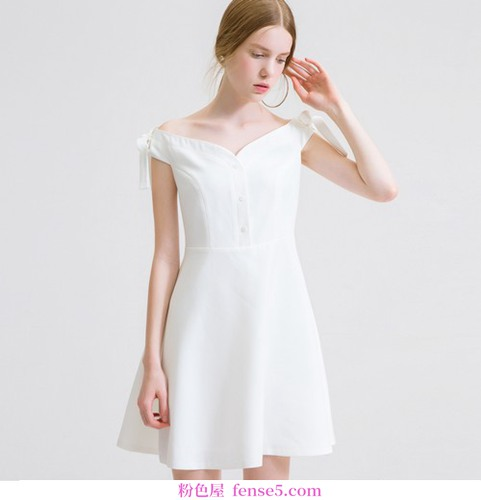 衣服不够补基本的钱,还有白色衣服白色裙子的酷暑